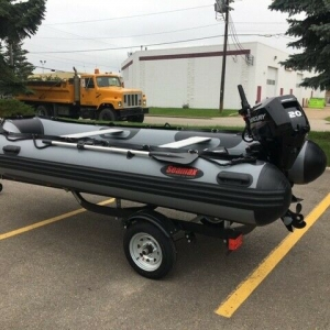 NEW SEAMAX HD430 INFLATABLE BOAT, 20HD MERCURY MOTOR AND TRAILER